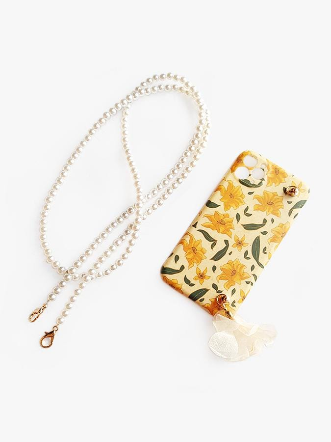 Retro yellow flower phone case