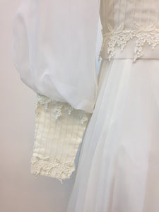 Wisteria '70s Boho Wedding Dress - Antiquaire Boutique