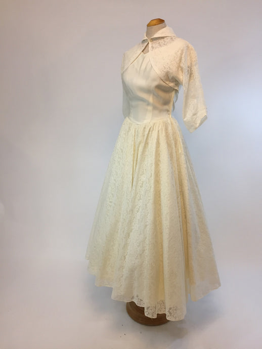 """Adeline"" 1940s Wedding Dress, Size Small - Antiquaire Boutique"