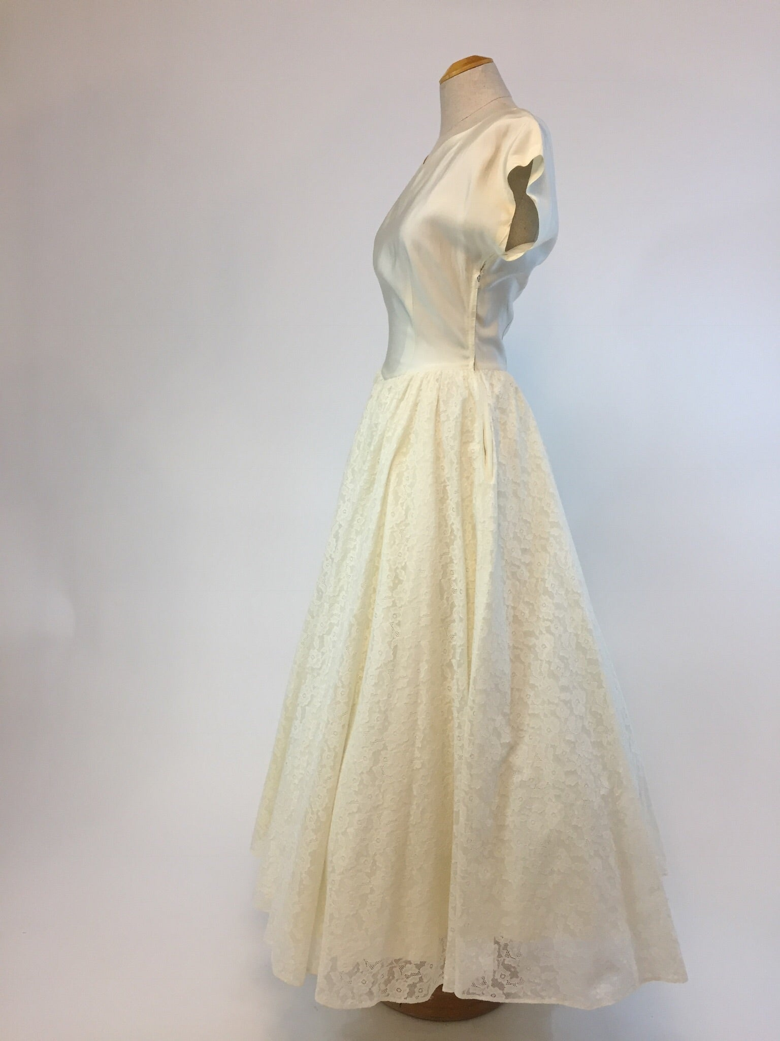 Adeline 1940s Wedding Dress Size Small Antiquaire Boutique