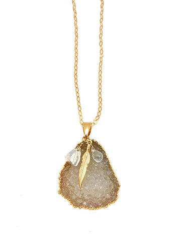 Flirty Quartz Necklace
