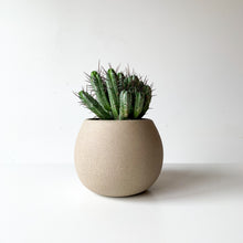Rhea Pot - SECOND