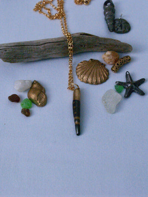 Driftwood necklace I