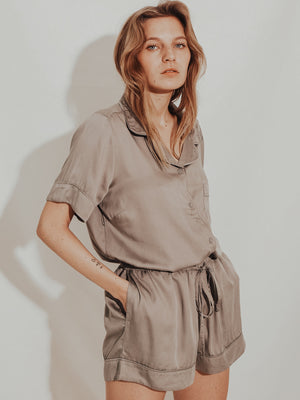 Rana Pyjama Shirt by Underprotection |