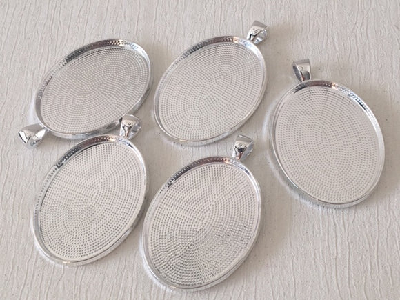 Metal Alloy Cabochon Pendant Silver Oval Tray
