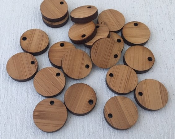 Laser Cut Bamboo Veneer Circle 16mm 1 Tag Hole