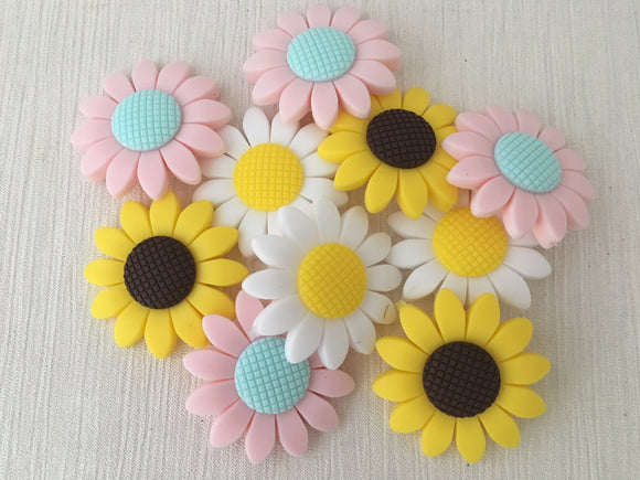 40mm Sunflower Silicone Bead