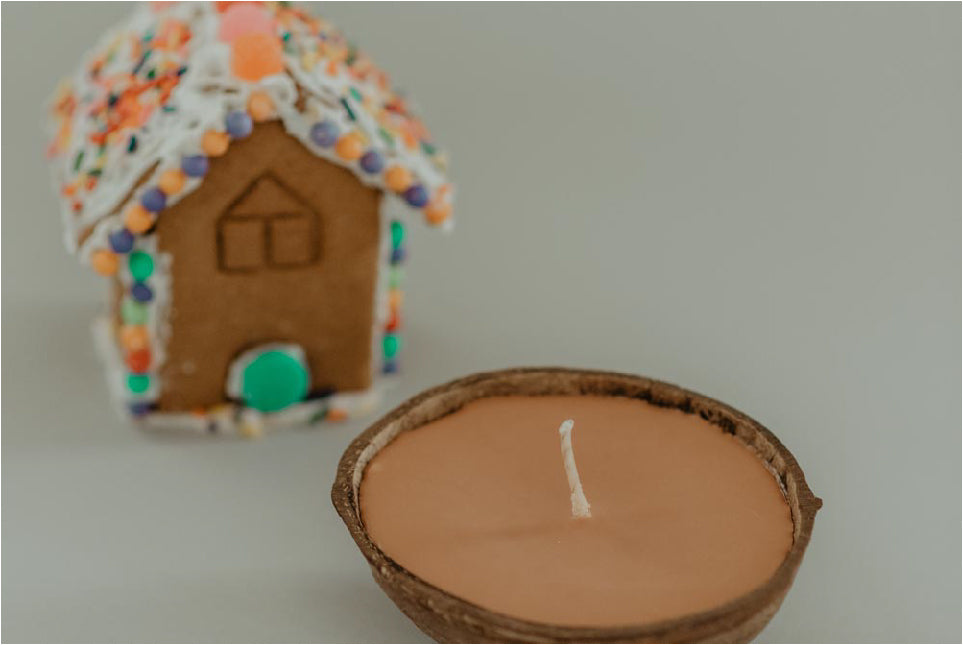 gingerbread house scented candle