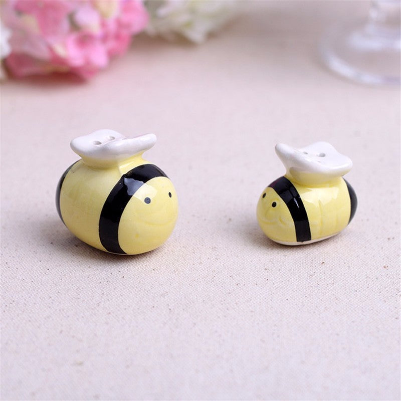 Mommy and Me Bumblebee Salt & Pepper Shakers Baby Shower Favours - AUSTRALIAN FAVORS