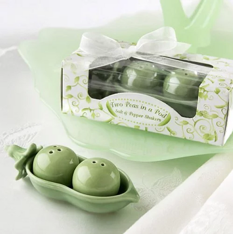 Two Peas in a Pod Salt and Pepper Shakers Favours (10 Sets)