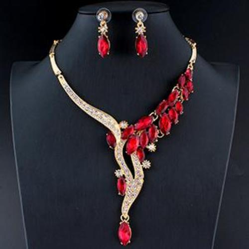 Glamorous Crystal Gold Jewelry Set