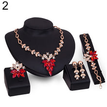 Fashion Clear Crystal Jewelry Set
