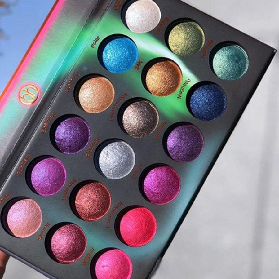 Bh Cosmetics Aurora Lights 18 Color Baked Eyeshadow Palette - Klosmic India
