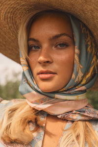 You added <b><u>Silk Scarf Romantic Breeze</u></b> to your cart.
