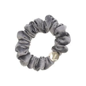 You added <b><u>Velvet Mini Scrunchie Dark Grey</u></b> to your cart.