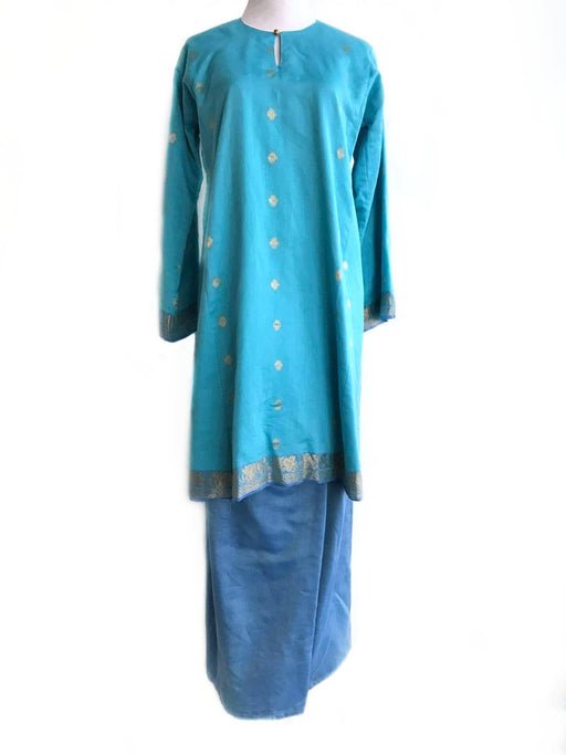 Tailored, Full Set, Baju Kurung with Saree, Top Electric Blue with Gold Embroidery, Skirt in Cornflower, L