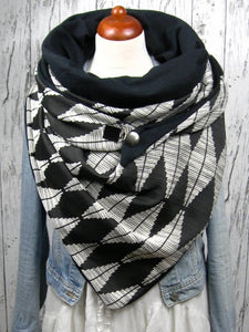 Casual diamond print scarf