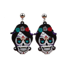 Load image into Gallery viewer, Halloween fear skull earrings