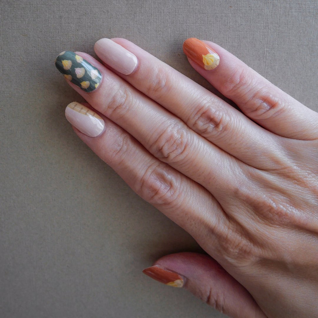 Street Fancy Gems Nail Art