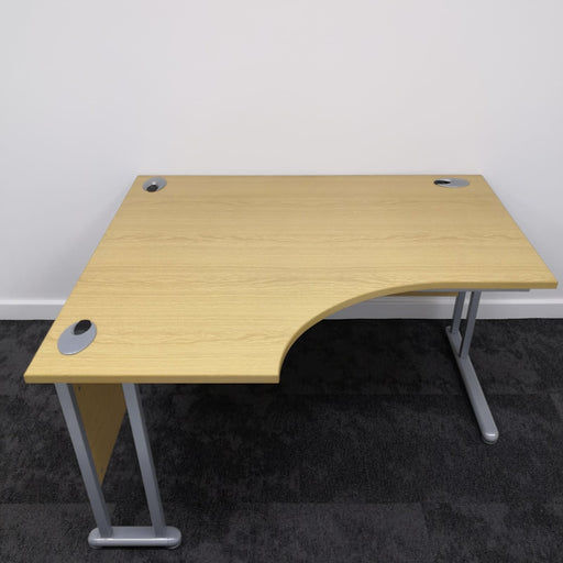1400mm Left Hand Radial Desk