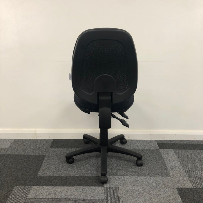 Basic 6hr Operator Chair