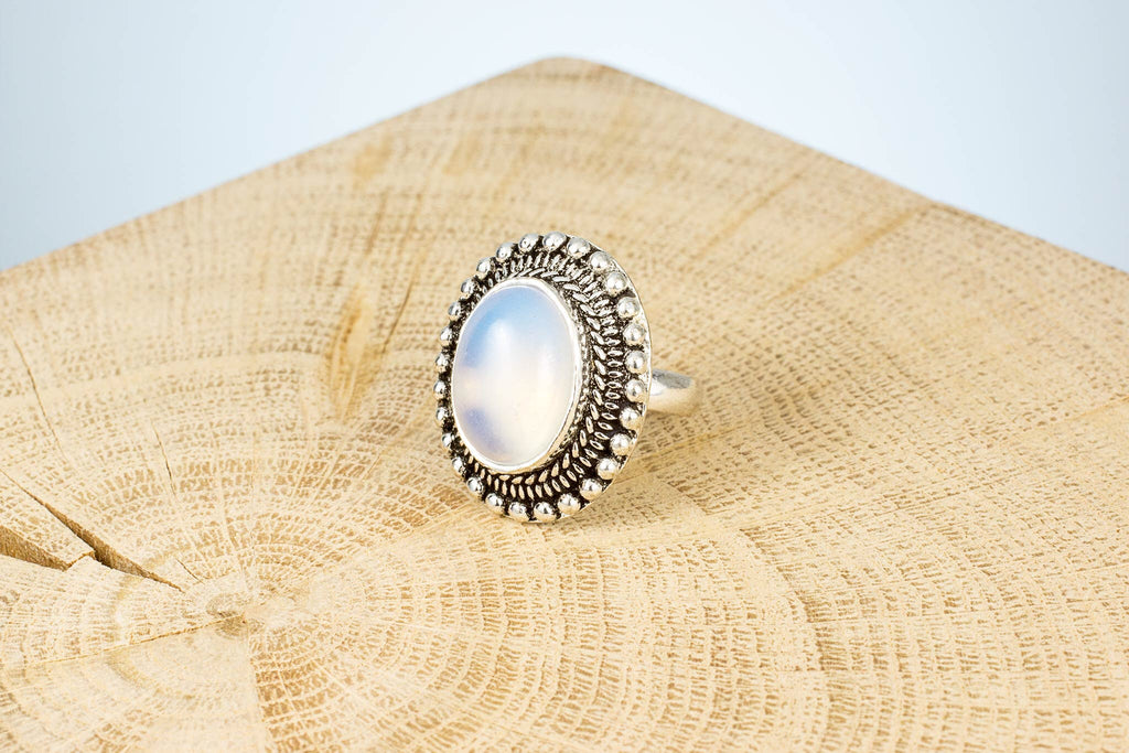 Ring Fingerring Edelstein Mondstein handgemacht Fair Trade