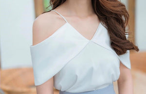 CASSIE Off Shoulder Top