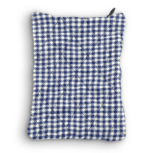 Front of the Sack Sack Powder Applicator in Navy Checker