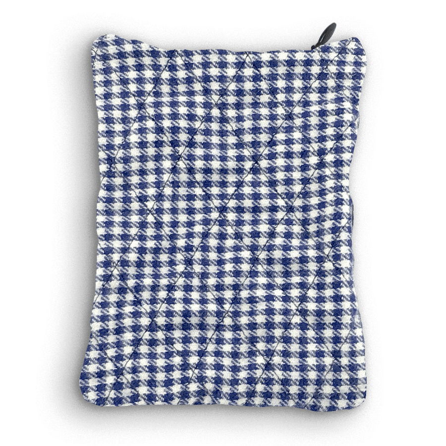 Angled Picture of Sack Sack Powder Applicator in Navy Checker