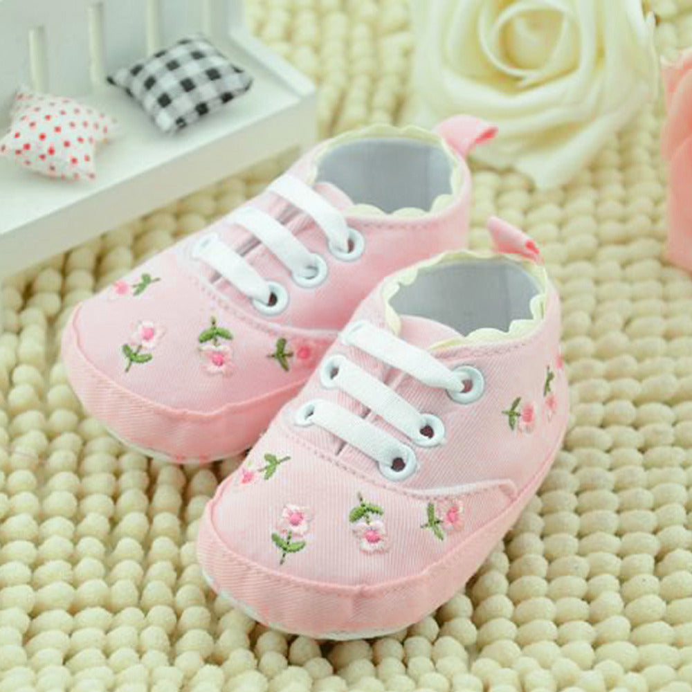 fba5a31c7239f White Lace Baby Girl Shoes – Juniorshopstyle