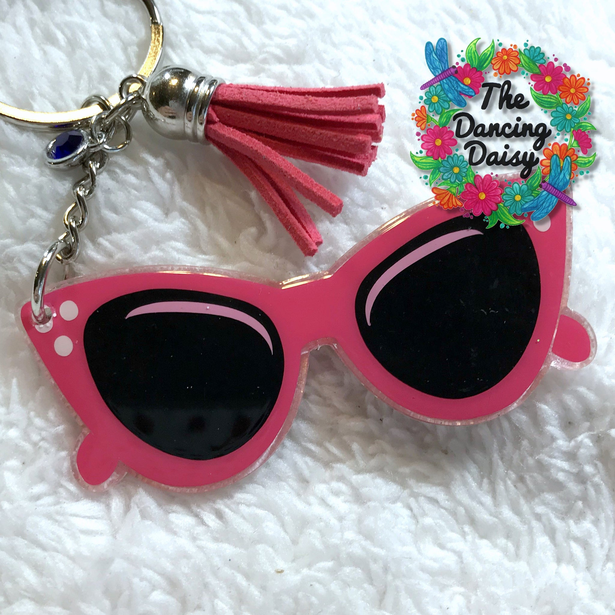 Retro cat eye sunglasses keychain