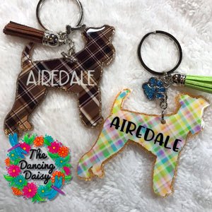 Airedale dog keychain