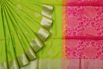 Glorious Parrot Green Kanchipuram Soft Silk Saree