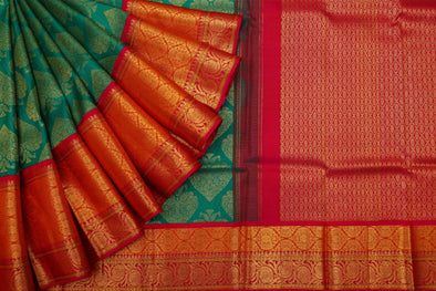 Leaf Green Kanchipuram Silk Handloom Saree With Leaf Motifs