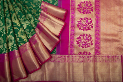 Leaf Green Kanchipuram Silk Handloom Saree With Floral Jaal