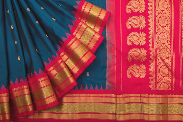 Oxford Blue Gadwal Silk Handloom Saree With Red Kuttu Border