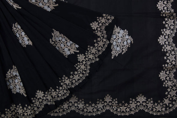 Black Banarasi Silk Handloom Saree With Leaf Motifs
