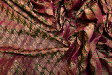 Magenta And Dark Green Dual Toned Banarasi Silk Unstitched Blouse Fabric-95CM