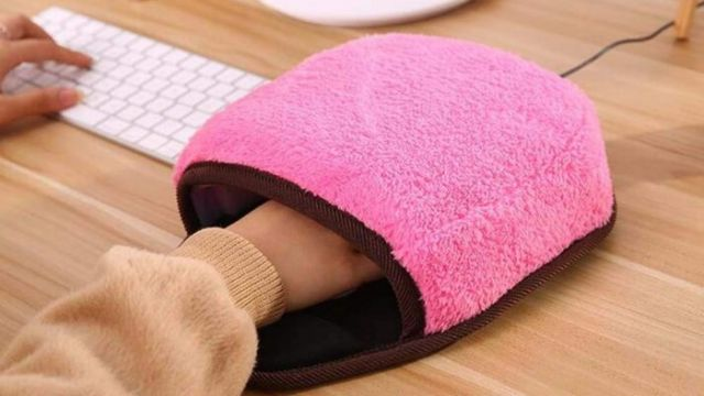 Company Creates Mouse Hand Warmers for Cold Offices