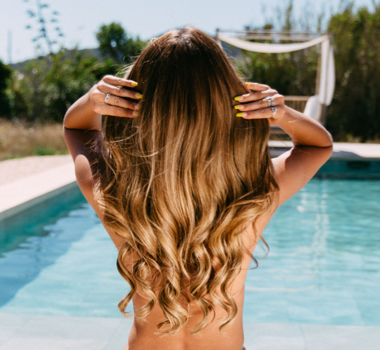 10 Reason's Why You Should Wash Your Hair Less