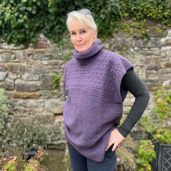 Noble Wilde Womens Cable Sweater