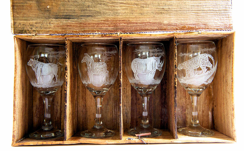 WINE GLASS ~ HAND ENGRAVED (SET OF 4)