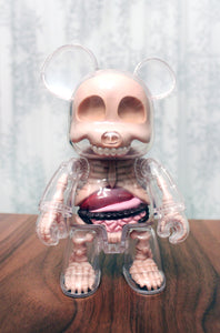 Toy Arte - Qee Visible Bear Rosado - Jason Freeny
