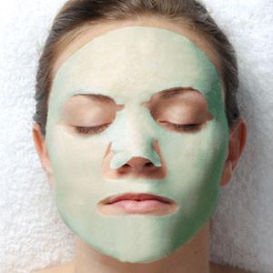uQ Green Tea Collagen Masque
