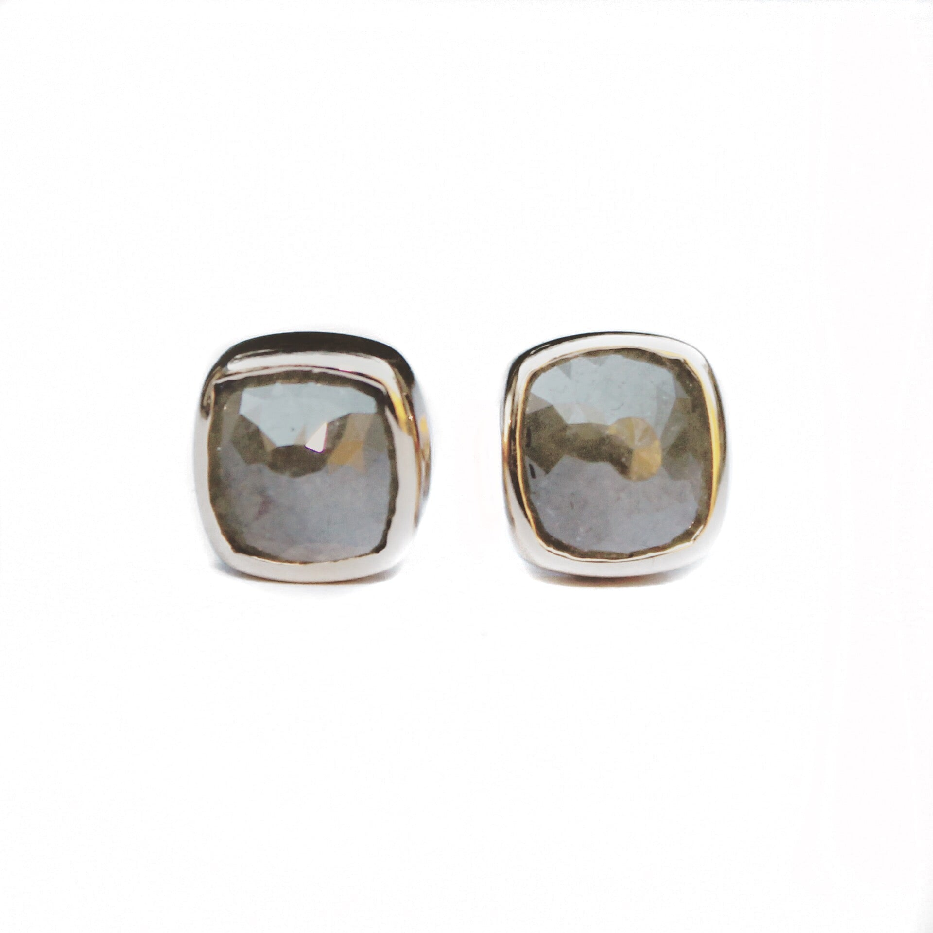 gallery product normal leah lyst in brown stud earrings jewelry huggie metallic designs gold sarah rebecca diamond dana