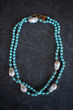 Dyed Howlite & Baroque Pearl Wrap