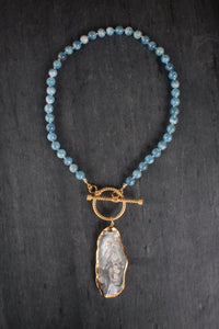 sea and stone jewelry Aquamarine & Grey Oyster Toggle