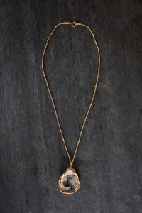 Dainty Grey Oyster On Dotted Chain