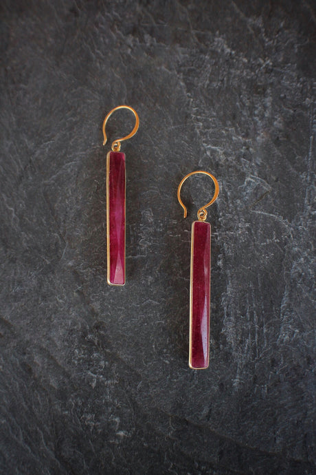 Dyed Ruby Baguette Drops