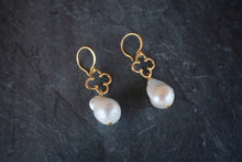 sea and stone jewelry Baroque Pearl & Clover Earrings